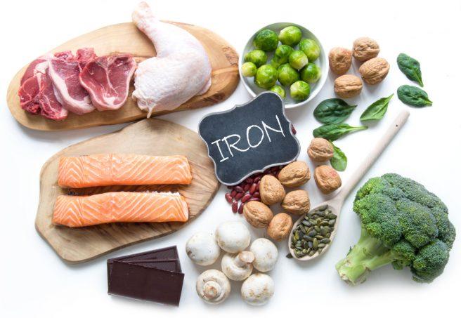 alimente-care-au-fier-precum-somonul-broccoli-ciuperci-pui-si-nuci-excelente-pentru-dieta-in-alaptare