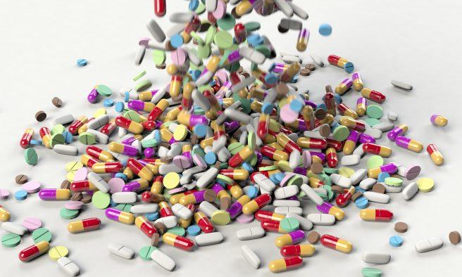 Diferite tipuri de pastile colorate